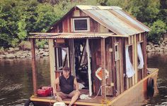 How Mississippi Shanty Boats Helped Build A Culture… California Backyard, Shanty Boat, Old Fences, Floating House, Chicken Coops, Mississippi, Minnesota, Journey, Strong