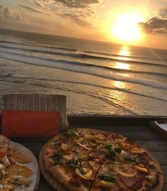 Food for two with a view please ! Rose Colored Glasses, Photo Composition, Stairways, Good Vibes, Summer Vibes, Wander, Bali, Summertime, Picnic