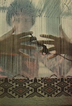 nationalgeographicscans: a Kabyle woman weaving a rug, Algeria, August 1973 Weaving Textiles, Tapestry Weaving, Loom Weaving, Hand Weaving, Rug Loom, Navajo Weaving, Tablet Weaving, Art Textile, Textile Design