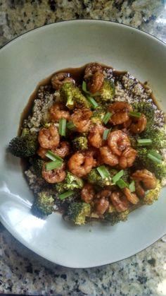 21 Day Fix - Zesty Sriracha Shrimp and Quinoa www.healthyfeelshappy.com
