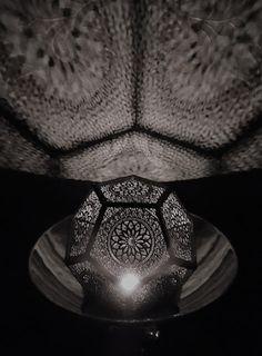 Cut Stübchen: Filligrane Lampe (nichts für ungeduldige)