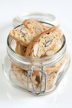 cantuccini ... Excellent!! Used shaved almonds instead, 300g sugar & 50g brown, an extra egg... Baked for 25 @400 ° F, cool for 10 in pan, another 15min on a rack.. Slice on angle, baked for another 10-15 @250° F then cool for at least an hour. Enjoy!!