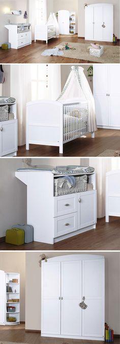 Beautiful Babyzimmer Laura Das wei e Babyzimmer Laura ist als Komplettset mit Kleiderschrank Gitterbett Wickelkommode und Regal ausgestattet und bei Betten de