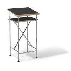 Versandkostenfrei bestellen: sehr praktisches Stehpult Milla von Richard Lampert. In 2 Breiten, verschiedenen Gestell- und Plattenausführungen erhältlich.
