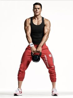 Pietro Boselli serves as inspiration for New Year's resolutions. The Italian model appears in a new fitness feature for the January 2017 issue of American GQ. Fitness Workouts, Fitness Motivation, Fitness Goals, Workout Tips, Fitness Facts, Workout Men, Workout Exercises, Fitness Weightloss, Butt Workout