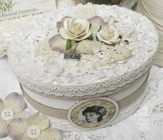 .Shabby lace box