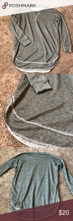 Green crew neck top A comfortable oversized crew neck. Perfect for leggings! It is a darker olive green color. In perfect condition! Has a double hem along the bottom. Bought from a local boutique! Francesca's Collections Tops Sweatshirts & Hoodies
