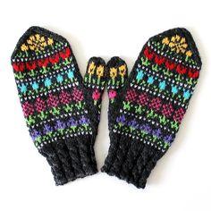 Ravelry: Taimitarhan Kukkalapaset pattern by Niina Laitinen Leg Warmers, Ravelry, Gloves, Legs, Winter, Pattern, Fashion, Winter Time, Moda