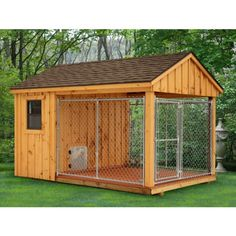 Wish all dogs were protected in a kennel like this if owner must leave them out for periods of time. 8 x 12 Dog Kennel. How To Build An Indoor Outdoor Dog Kennel Insulated Dog Kennels, Dog House Plans, House Dog, Duck House, Pallet Dog House, Cabin Plans, Landscape Designs, My Dream Home, Future House