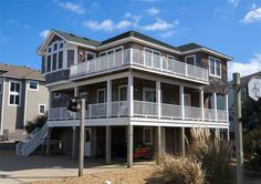 BERRY NICE, #319 l Corolla, NC - Outer Banks Vacation Rental Home l Oceanside home with six bedrooms (2 masters), game room with pool table, loft with ocean view, private pool, hot tub and access to community amenities. l www.CarolinaDesigns.com