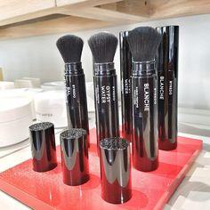 Metropoliten parfimerija i niche parfemi - Makeup Loving me Perfume, Skin Care, Beauty, Skincare Routine, Skins Uk, Skincare, Beauty Illustration, Asian Skincare, Fragrance