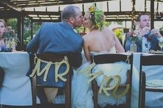 Bohemian Fall Inspired Wedding Filled With Feathers