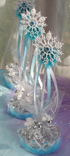 Frozen party ideas. See new Queen Frostine Princess Party from My Princess Party to Go. http://www.myprincesspartytogo.com #frozenpartyideas #disneyfrozenparty