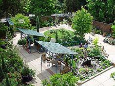 Heallthcare facility healing garden
