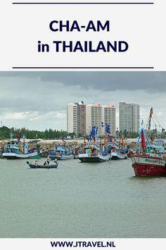 Cha-Am is een badplaats ten zuiden van Bangkok. Het strand in Cha-Am is het langste witte zandstrand van Thailand. Er zijn in Cha-Am een paar bezienswaardigheden. Wil je weten welke dat zijn, lees dan mijn artikel. Lees je mee? #chaam #strand #thailand #jtravel #jtravelblog Thailand, Bangkok, New York Skyline, Blog, Travel, Viajes, Blogging, Trips, Tourism
