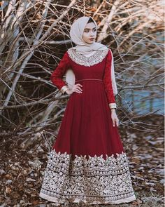 Stepping outside of my comfort zone wearing red🙈 Outfit from 🌹 Modern Hijab Fashion, Islamic Fashion, Abaya Fashion, Muslim Fashion, Modest Fashion, Indian Fashion, Pakistani Dresses, Indian Dresses, Indian Outfits
