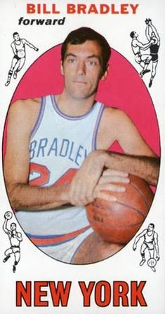 Card is in good condition. Basketball History, Basketball Quotes, Basketball Legends, Basketball Cards, Basketball Players, New York Knickerbockers, Bill Bradley, Old Baseball Cards, Sports Illustrated Covers
