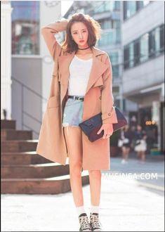 Korean Fashion Summer Street Styles, Korean Fashion Office, Korean Fashion Shorts, Korean Fashion Street Casual, Korean Fashion Kpop, Korean Fashion Winter, Tomboy Fashion, Winter Fashion Outfits, Sweater Fashion
