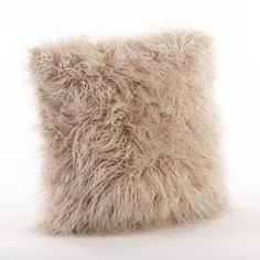 Mongolian Faux Fur Throw Pillow - Saro Lifestyle it comes to transforming a space, accessorizing with small accent pieces does the trick. Made from acrylic, this poly-filled Mongolian faux-fur throw pillow is your one-stop shop. Fur Throw Pillows, Cute Pillows, Fluffy Pillows, Faux Fur Throw, Decorative Throws, Decorative Items, Mongolian Fur Pillow, Amazon Home Decor, Decoration