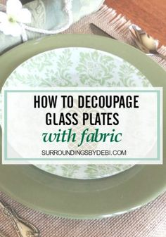 Decoupage Christmas PlatesThese DIY decorative plates can be used to dress up a table or for giving festive food gifts during the holidays.How to Decoupage Glass Plates with FabricHow to Decoupage Glass Plates with FabricMod Christmas Plates, Christmas Crafts, Homemade Christmas, Christmas 2019, Christmas Ornament, Christmas Ideas, Tea Party Centerpieces, Quinceanera Centerpieces, Lemon Vase