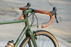 Beautiful Bicycle: Jesses Hufnagel Fire Road Racer –Custom painted Thomson stem