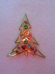 Ski Slope Christmas Tree Crystal Brooch Made in Czech
