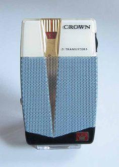 Crown TR-555 (1959) Radio Record Player, Pocket Radio, Retro Clock, Retro Radios, Antique Radio, Transistor Radio, Old Music, Fancy Cars, Home Tv