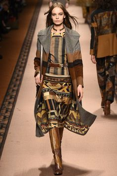 Etro - Fall 2015 Ready-to-Wear - Look 7 of 47 Runway Fashion, Fashion Show, Womens Fashion, Fashion Design, Milan Fashion, Moda Hippie, Rustic Outfits, Autumn Winter Fashion, Fall Winter