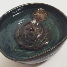 Handmade Ceramic Cat Drinking Fountain from Thirstycat Fountains – hauspanther