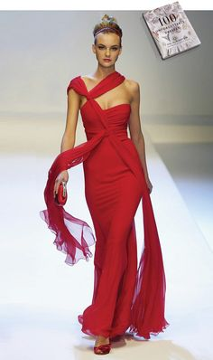 Gorgeous red dress by Valentino