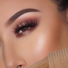 Eyeshadow looks eyeliner with eyeshadow eyeshadow tutorial s Holographic Eyeshadow, Orange Eyeshadow, Colourpop Eyeshadow, Eyeshadow For Brown Eyes, Eyeshadow Looks, Eyeshadow Makeup, Downturned Eyes Makeup, Fall Eyeshadow, Eyebrow Makeup