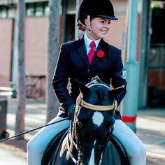 Our 'Rosette' Teleah Lindsay looking stunning at Sydney Royal #showgirlequestrian #sydneyroyaleastershow2017 #equestrianfashion #ponylove