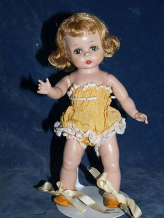 1953 Madame Alexander-kins Wendy doll