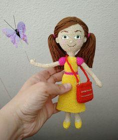 Sophia yellow dress. Amigurumi doll. Visit my Instagram little_gumi_pedidos Crochet Crafts, Crochet Dolls, Crochet Projects, Caleb Y Sophia, Amigurumi Doll, Special Gifts, Miniatures, Crafty, Christmas Ornaments