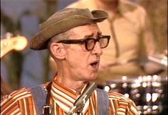 """String Bean Hee Haw 