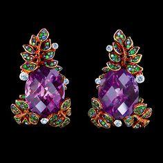 Jewellery Theatre  - Fern Earrings-  2 Amethysts 23,85 ct - 8 Diamonds 0,25-0,26 ct -        70 Sapphires 0,50-0,54 ct -         122 Tsavorites 0,90-0,92 ct - 18K yellow Gold 16,4-16,6 g.