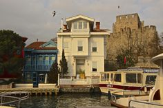 Anadolu Hisarı (Anadolu fortress) and beautiful waterfront houses... ISTANBUL