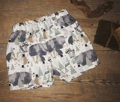 Bear went over the mountain shorts Printed Shorts, Patterned Shorts, Cute Shorts, Casual Shorts, Bear Print, Handmade Clothes, Summer Days, Stylish Outfits, Sunnies