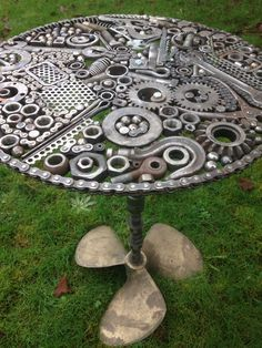 Table my boyfriend welded together Welding Art Projects, Metal Art Projects, Metal Crafts, Recycled Metal Art, Scrap Metal Art, Car Part Furniture, Metal Furniture, Industrial Furniture, Vintage Furniture