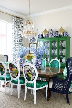 Choose Your Own Adventure Refresh Dining Room Colors, Dining Room Design, Design Table, Blue Dining Room Furniture, Design Design, Table Furniture, Chair Design, Colourful Living Room, Dining Room Inspiration