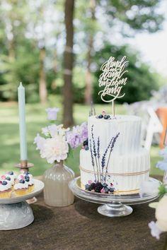 Table Decorations, Wedding, Home Decor, Lilac Bushes, Wedding Pie Table, Ideas, Casamento, Homemade Home Decor, Weddings