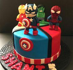 Pastel Marvel, Pastel Avengers, Avengers Birthday Cakes, Superman Birthday Party, 4th Birthday, Captain America Birthday Cake, Cake Designs For Boy, Marvel Cake, Avenger Cake