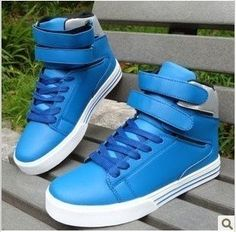 huge selection of bb524 68a66 Free Shipping ,New Arrival Men s sports shoes . Fashion Sneakers .