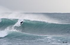 Surfing sardinia island ph by Andrea Bianchi Sardinia Island, Surf Trip, Guide Book, Ph, Trips, Surfing, Waves, Ocean, Italy