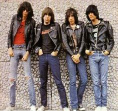 Listen to music from Ramones like Blitzkrieg Bop - 2016 Remaster, I Wanna Be Sedated & more. Find the latest tracks, albums, and images from Ramones. Rock Roll, Rock And Roll Songs, Rock & Pop, Rock Songs, Joey Ramone, Ramones, Music Love, Rock Music, Jazz Music