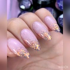 You can make your own fashion designs! Change colors and get a new design. Video by: @wally_nails #nails #nailart #manicure #dressupnail