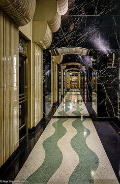 wavy floor hall Chicago Board of Trade