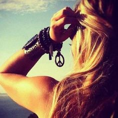 Peace sign boho bracelet, modern hippie style, gypsy inspired jewelry. For MORE Bohemian fashion trends FOLLOW http://www.pinterest.com/happygolicky/the-best-boho-chic-fashion-bohemian-jewelry-gypsy-/ #summer #beach #relax