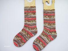 Show-off Stranded Socks 完成