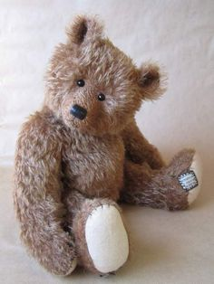 Edouard Reduced by By Agnes CHAUVET | Bear Pile